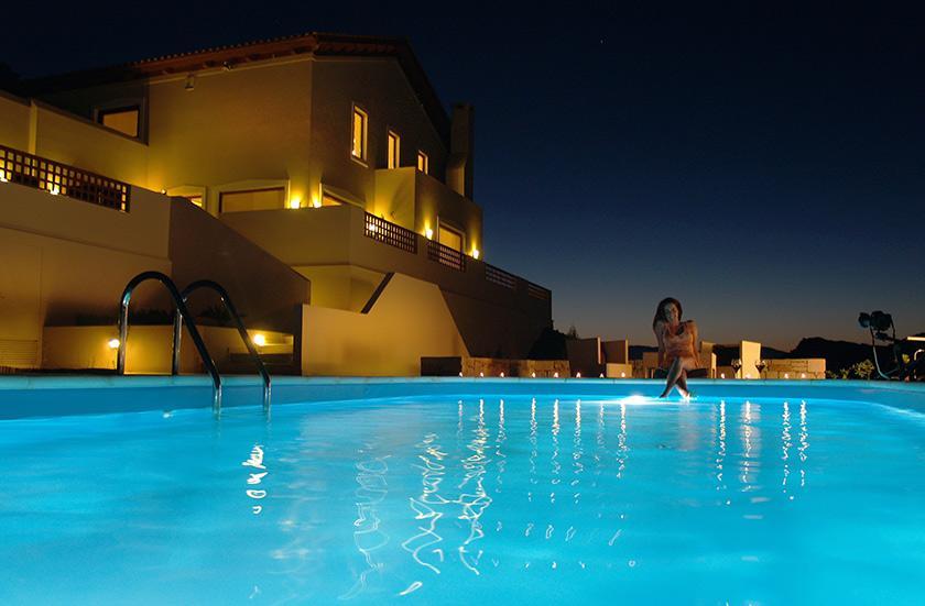 four seasons villa in Crete with private pool near Heraklio
