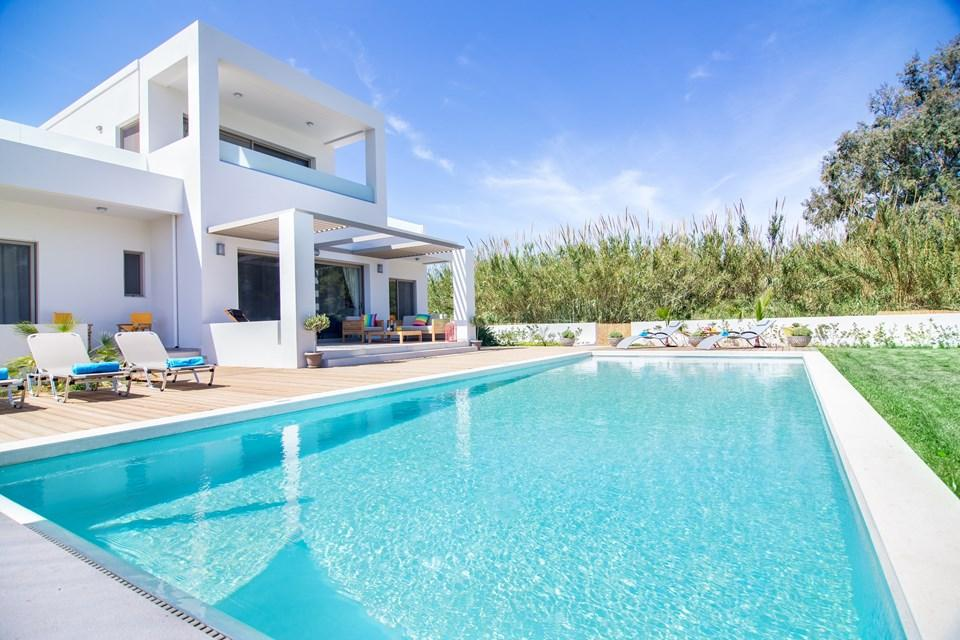 Villas In Crete Luxury Holiday Villa In Chania With