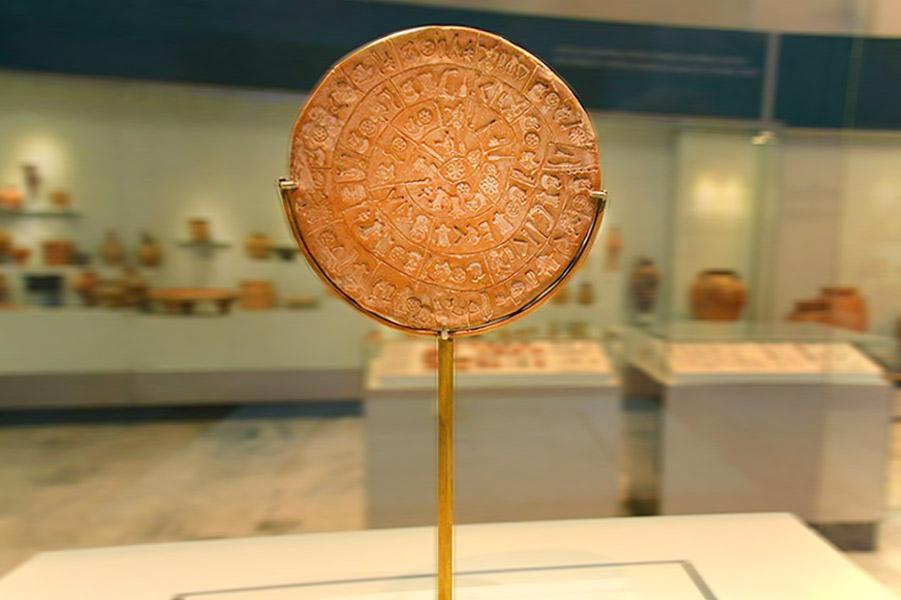 Phaistos Disc, Crete
