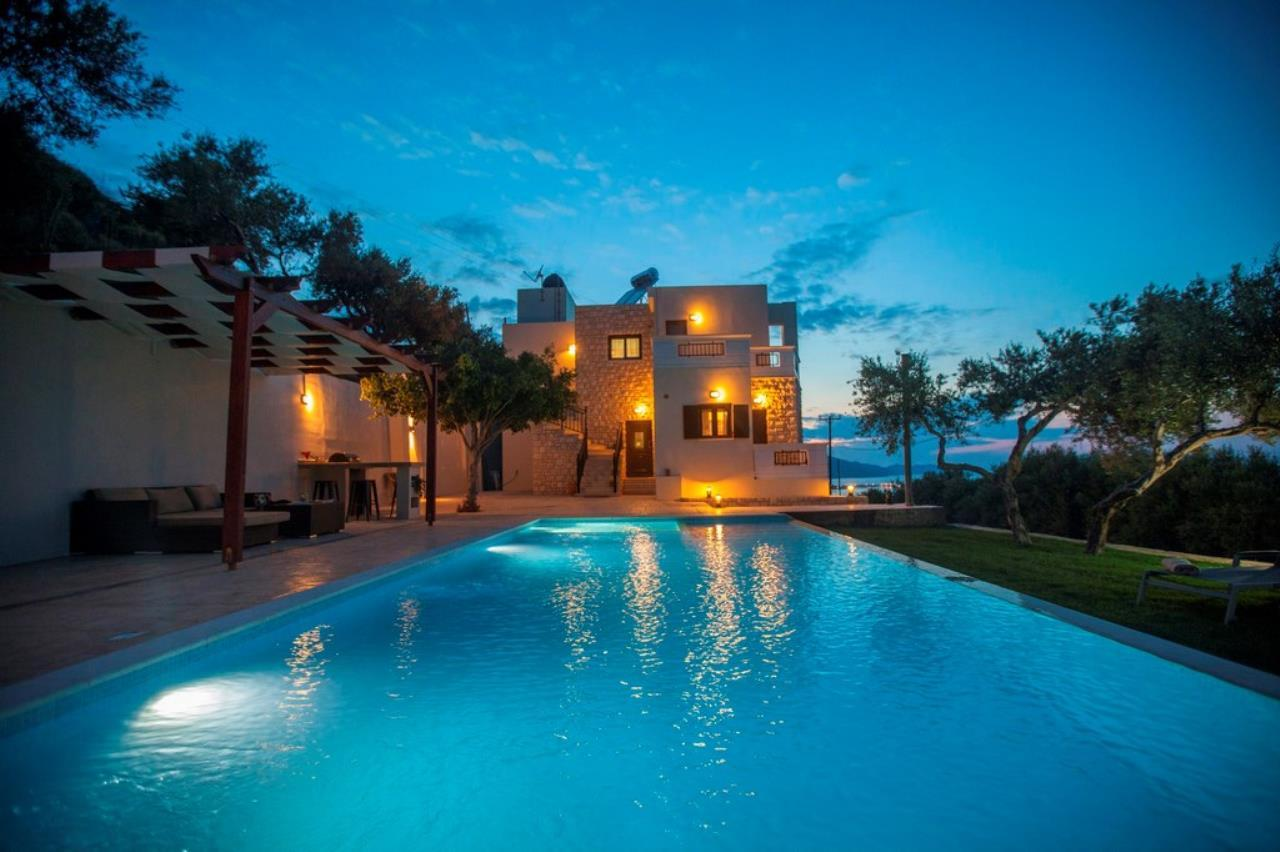 Villa with private pool near Chania with nice view